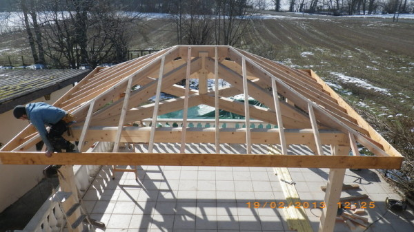 Plan de charpente toiture 4 pentes for Charpente bois une pente